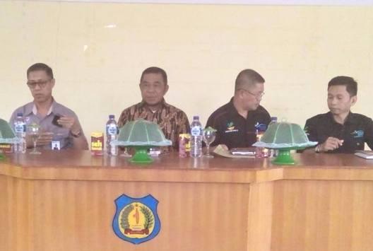 Wabup Hadiri Launching Penyaluran, Bantuan, PHK,  2017, Di Kec. Buki
