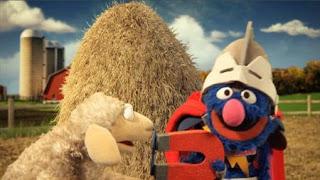 Super Grover 2.0 helps a sheep, Super Grover 2.0 Farm, Sesame Street Episode 4402 Don't Get Pushy season 44