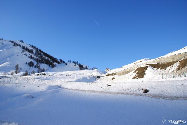 Strada del Colle della Maddalena con la neve