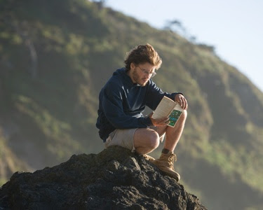 "Emile Hirsch as Christopher mccandles in the movie ""Into the wild"""