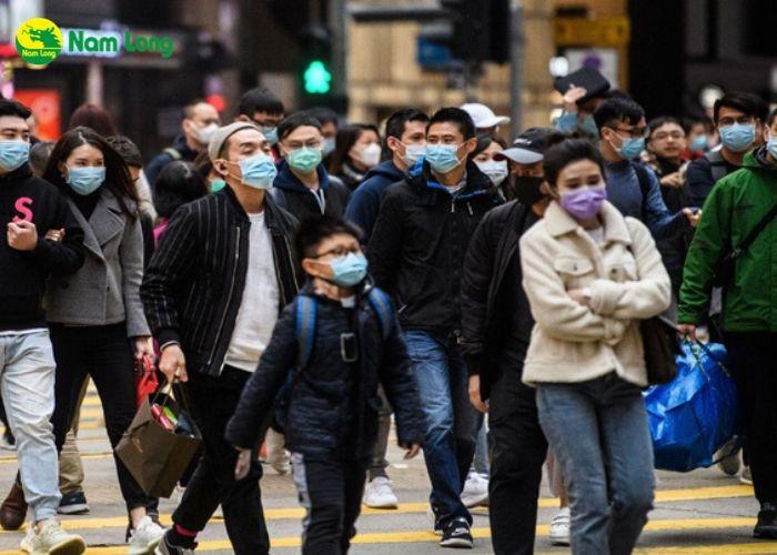 tránh tụ tập nơi đông người để tránh lây nhiễm vi rút corona