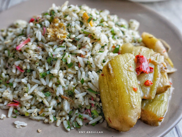 Nasi ulam kedah, resepi nasi ulam, sayur keladi, asam pedas keladi, daun ulam nasi kerabu,