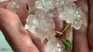 A yellow weather warning has been issued in most England, Scotland, and East Wales since the June heatwave was ending.   The weather changed Friday evening in northern England after temperatures reached 30 degrees for three days.    Leeds and Sheffield are places to see rocks up to 4 cm with torrential rain.