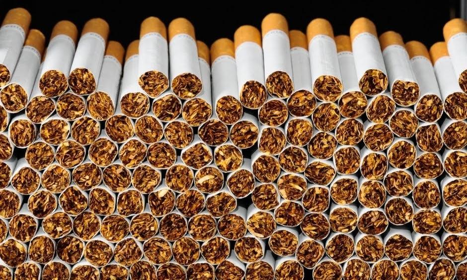 Συνελήφθη 41χρονος στη Λάρισα με αφορολόγητα πακέτα τσιγάρων