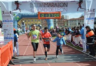 meta de la Media Maraton de Leon