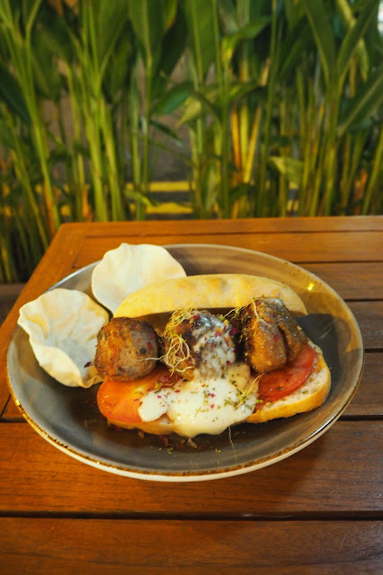 Muslim chuck meatballs Santap cafe review singapore