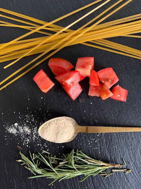 Italienische Tomaten-Nudel-Nester, Rezept, glutenfrei, vegan, schnell, einfach, spaghettinester, muffinform