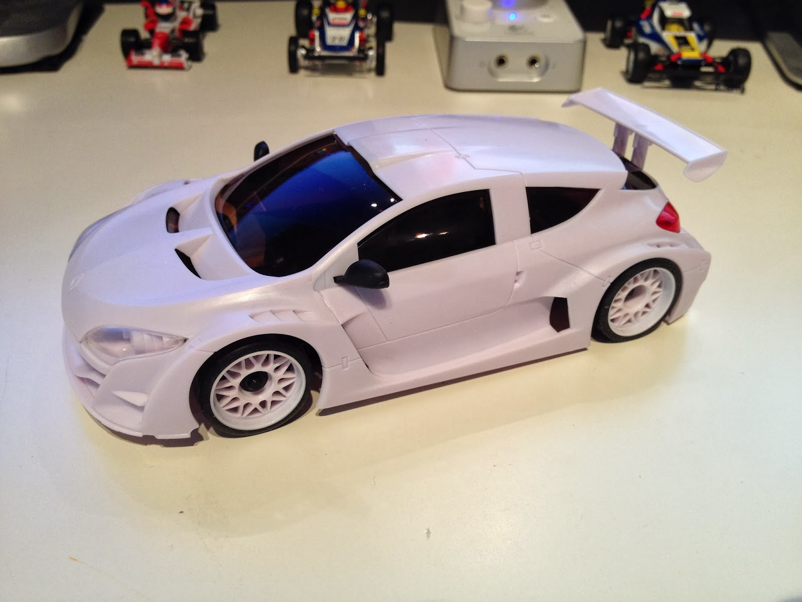 KYOSHOSAN: In Depth Review: TRP Scale Megane Trophy 2010