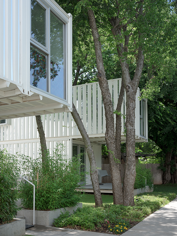 Award-Winning Shipping Container Homes, Oklahoma City 13