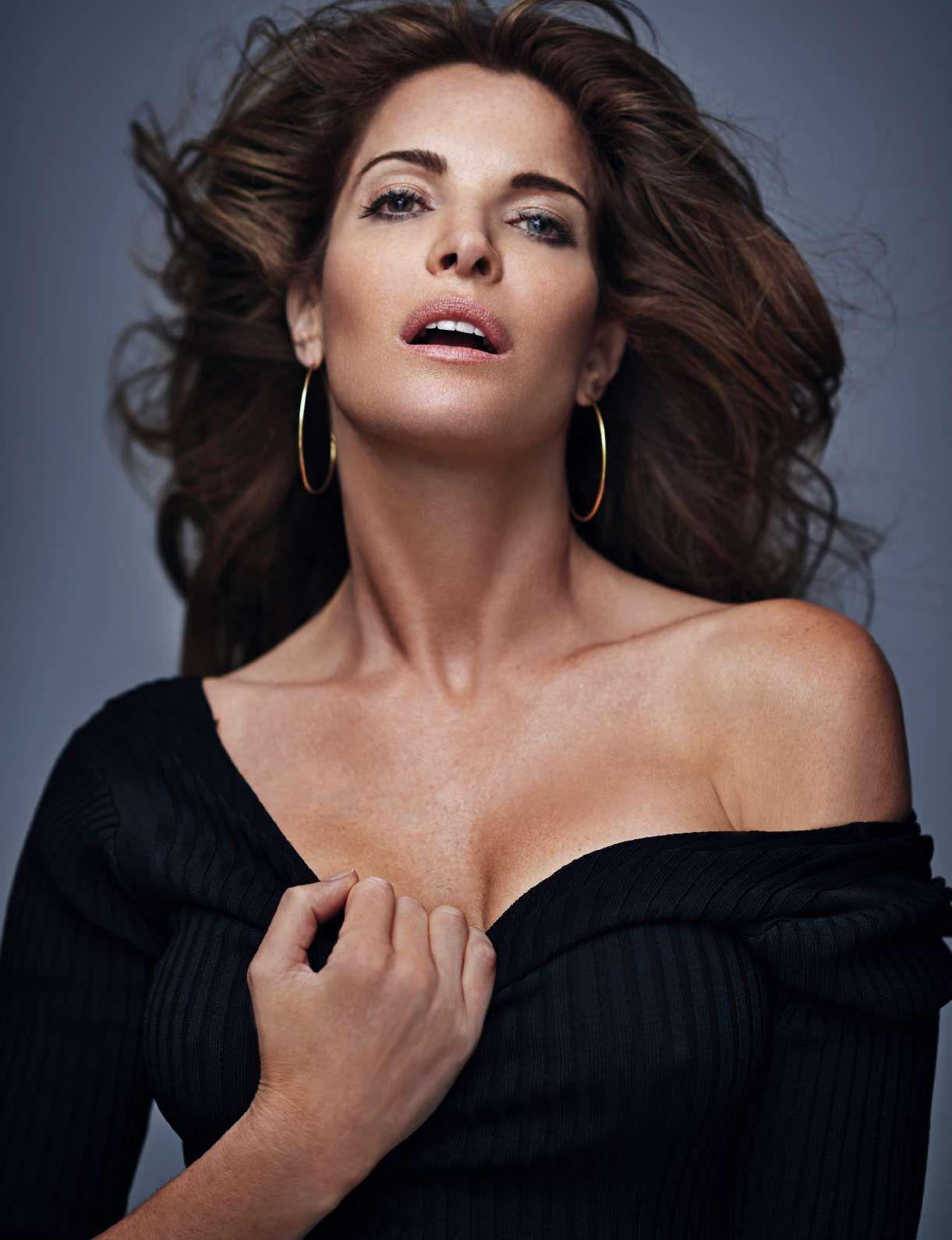 Smile: Stephanie Seymour in Elle Spain October 2016 by ...