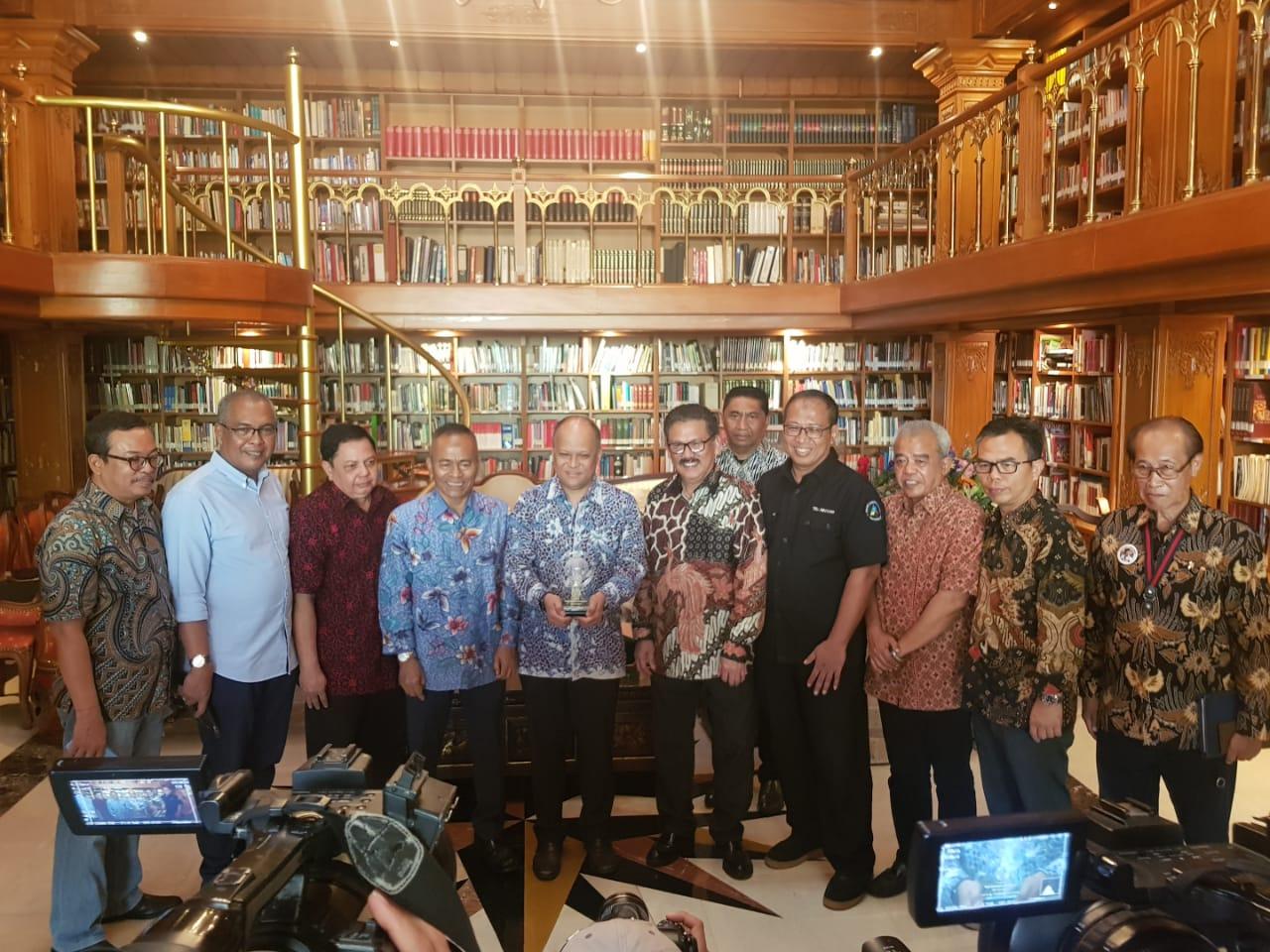 Kisah Perjalanan Pers Indonesia