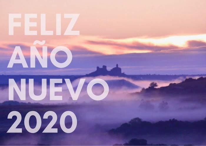 朝霧が美しい北スペイン・リオハの風景