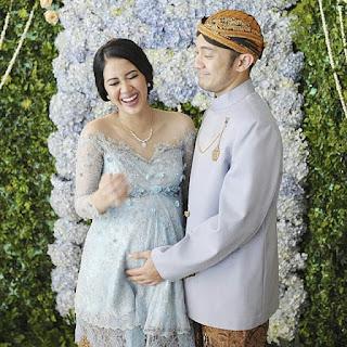 kebaya batik ibu hamil