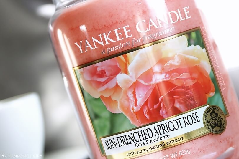 etykieta świecy yankee candle sun-drenched apricot rose