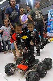 unik-robot-permainan