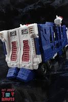 Transformers Kingdom Ultra Magnus 61