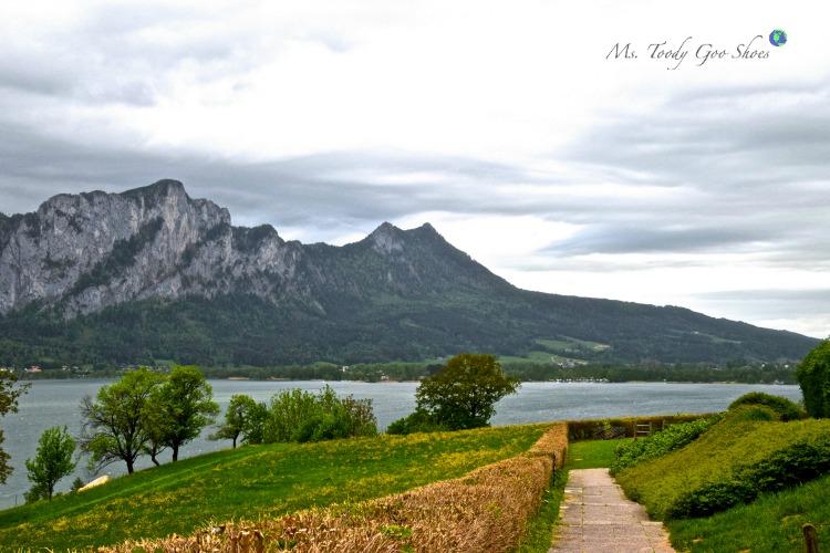Breathtaking Mondsee (Moon Lake) Austria | Ms. Toody Goo Shoes #austria #danuberivercruise #mondsee