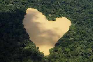 Гора с Форма на Сърце