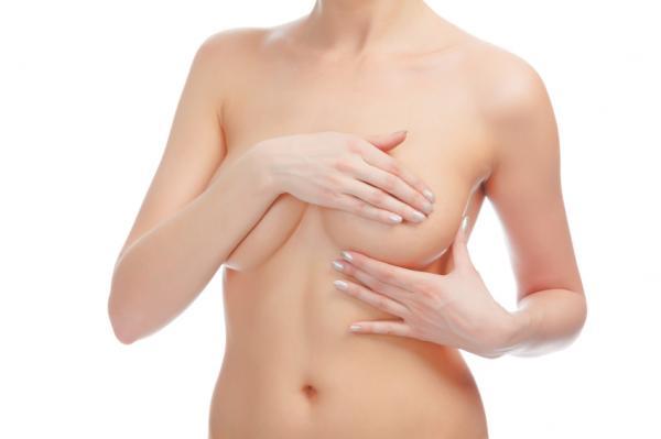 Comment augmenter les seins naturellement avec des massages