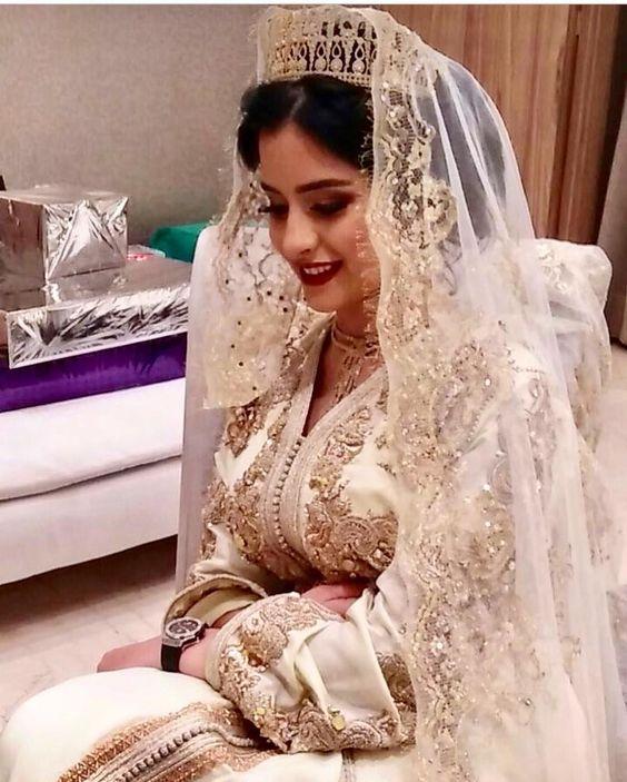 caftan blanc de mariage avec voile 2020