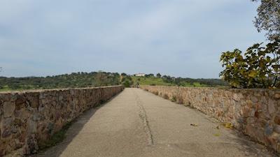 Puente Ajuda lado español