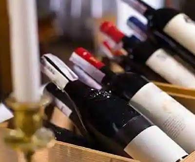 अब शराब की दुकान के बाहर स्नैक्स या खाने-पीने की दुकान नहीं खुल सकेगी, Delhi सरकार की आबकारी नीति 2021-22