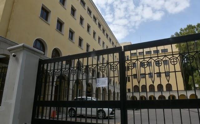 Επίθεση με βιτριόλι στη Μονή Πετράκη: Έξι Μητροπολίτες στο νοσοκομείο