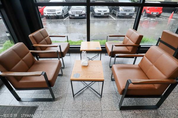 星巴克大里中興門市|咖啡下午茶不限時|有Wi-Fi和插座|環境舒適
