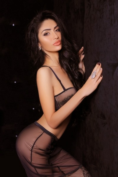 High Profile Independent Escort In Dubai