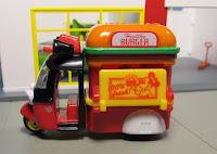 Tomica Disney Motors DM-04 Doobie Burger Shop Mickey Mouse