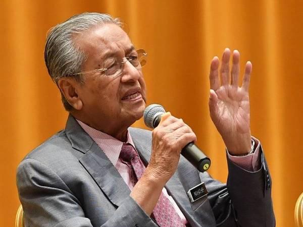 Tugas, tangungjawab setiausaha politik perlu jelas - Dr Mahathir