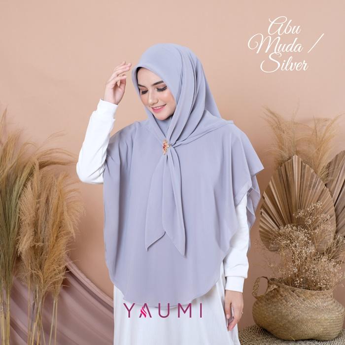 Yaumi Hijab Khimar Salma Silver