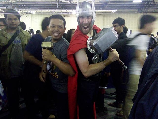 Cosplayers Yang keren dan Lucu di Comifuro X