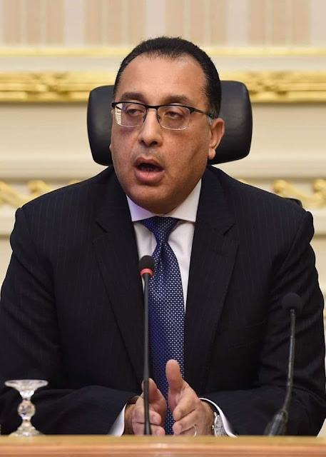 مدبولى يتفقد مجمع الملك فهد للغات والتأكد من تطبيق الإجراءات الاحترازية بامتحانات الثانوية العامة