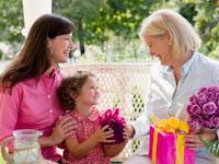 5 Negara Berbeda Merayakan Hari Ibu Dengan cara unik