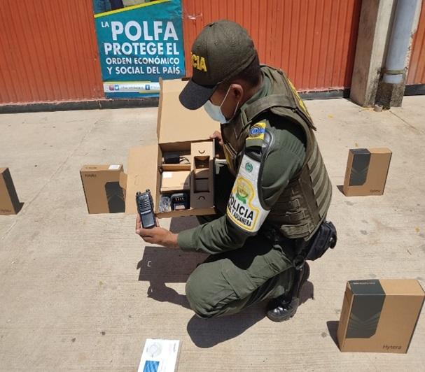hoyennoticia.com, Decomisan 50 radio de comunicación que iban para Barrancas Guajira