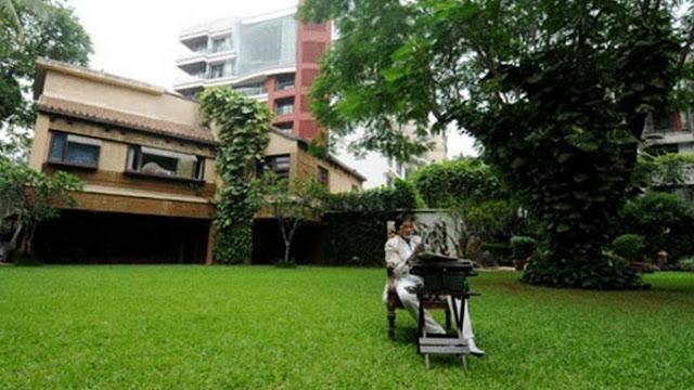 Amitabh's bungalow