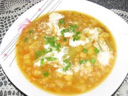 Žirnių sriuba su salierais