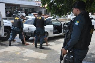 PM revida à ação de suspeitos e apreende duas armas de fogo em Maruim e Laranjeiras