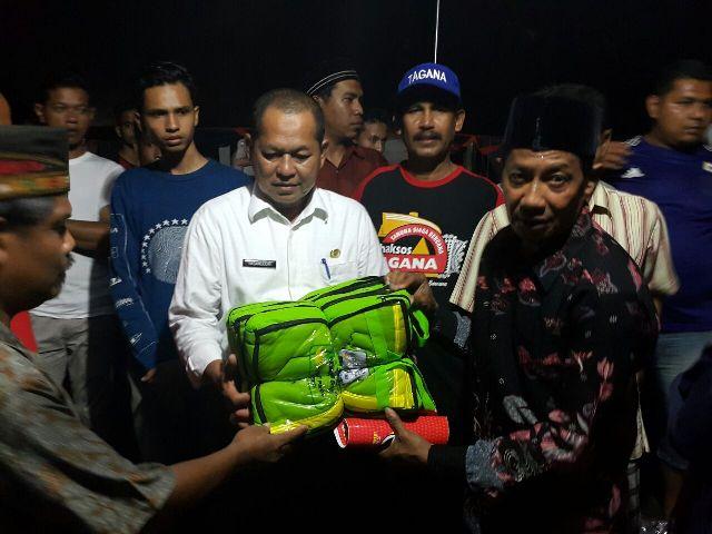 Pemko Banda Aceh Salurkan Bantuan Bagi Korban Kebakaran Kopelma Darussalam
