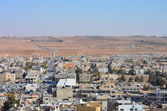 Les environs de Madaba vus du clocher