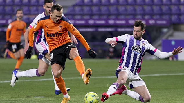 ملخص مباراة فالنسيا وبلد الوليد (1-0) في الدوري الاسباني