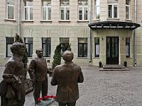 Табакерка станет называться Театр Олега Табакова - театральные новости