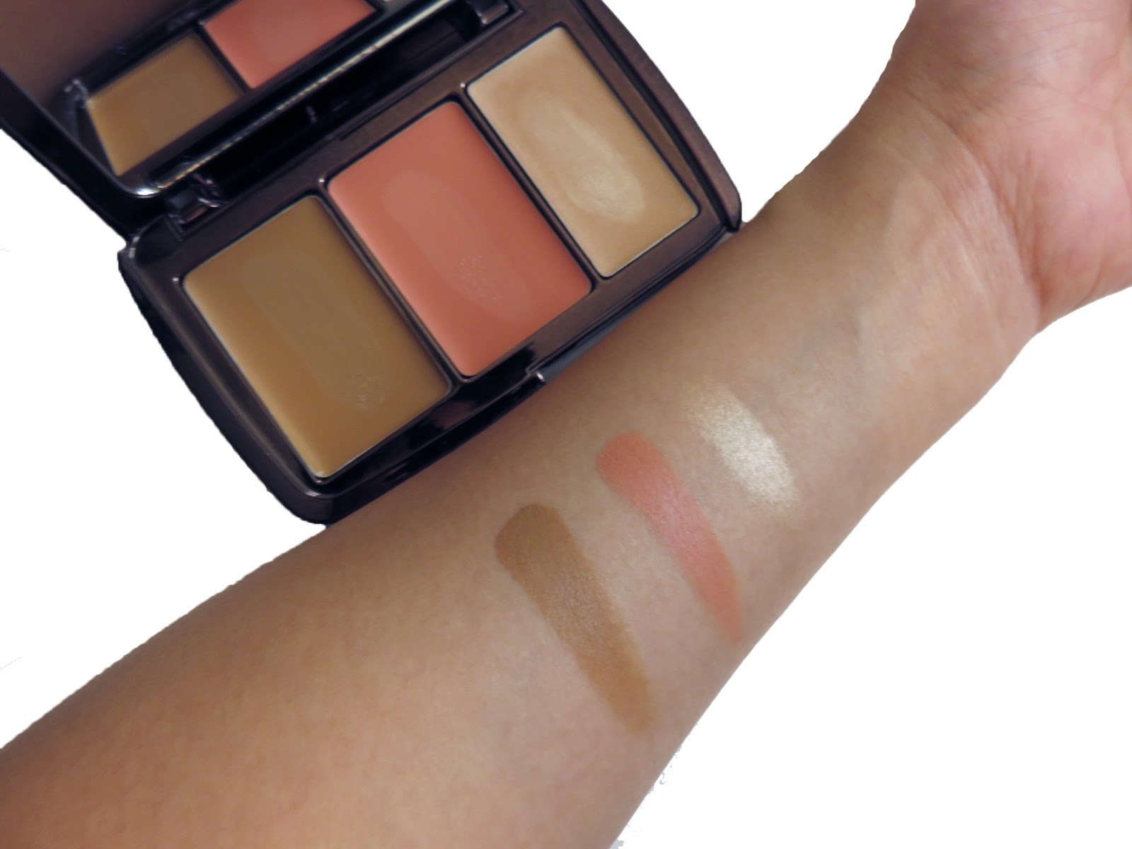 Illume Sheer Color Trio by Hourglass #12