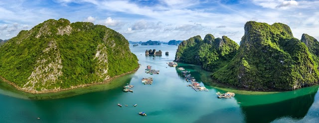 Tourism fishing villages in the two most beautiful bays in Quang Ninh