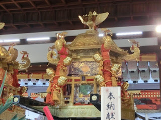 八坂神社の六角神輿