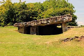 neolithic burial chamber, tinkinswood, vale of glamorgan