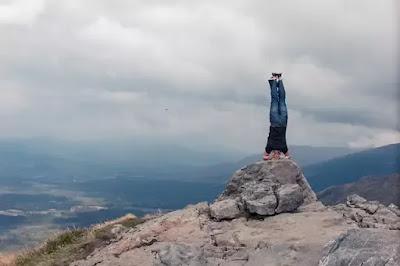 yoga asana sirsasana