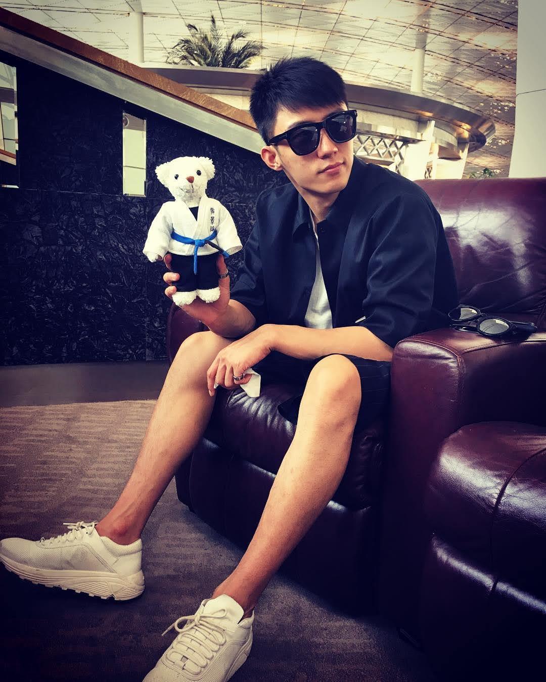 Johnny Huang 7