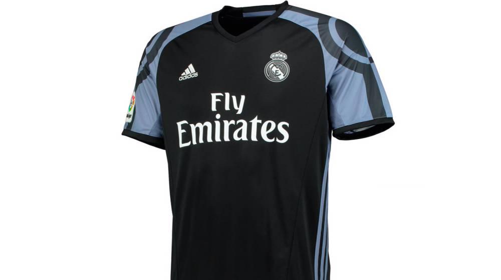 El Real Madrid presenta la tercera equipación 2016 2017 - Nuevo Fútbol 9de06cab4f037